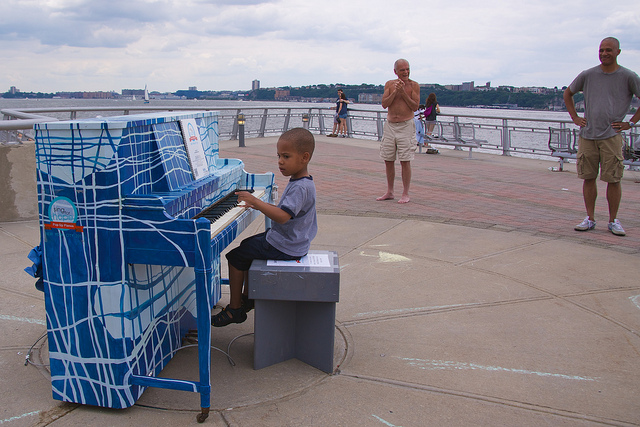 Piano on the pier by Ed Yourdon via Flickr CC BY-NC-SA 2.0